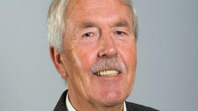 In memoriam: Cees Broekhoven